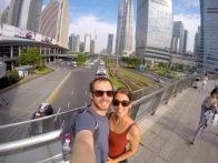 Pudong - zwischen den Wolkenkratzern