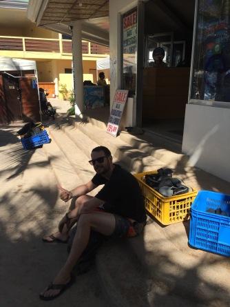 Frühmorgens vor dem Diveshop