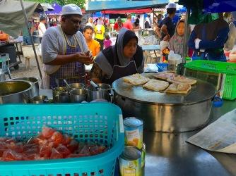 Essenstände auf dem Nachtmarkt