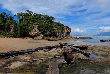 Einsame Bucht im Bako Nationalpark