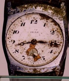 Um 08:16 Uhr blieb die Uhr stehen...