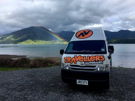 Regenbogen inmitten der Marlborough Sounds