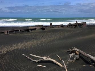 Küste rund um den Surfhighway sind versehen mit Schiffswracks