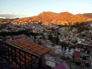 Blick von der Dachterasse unseres Hostels