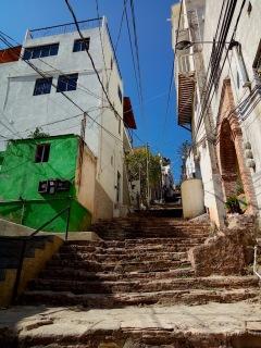 Treppen hoch zum Hostel